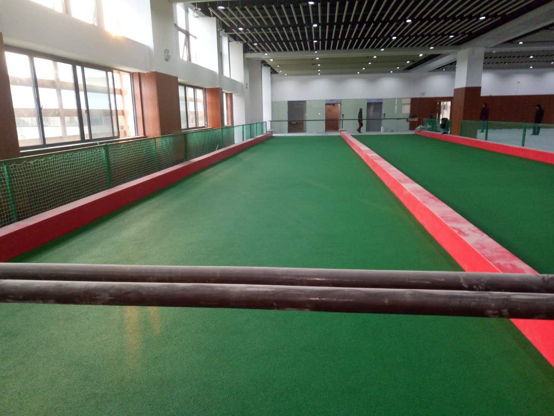 富阳市体育中心地掷球场完工